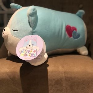 """SQUISHMALLOW 17"""" inch Colleen"""